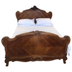 French King-Size Late 19th Century Louis XV Style Bed in Walnut