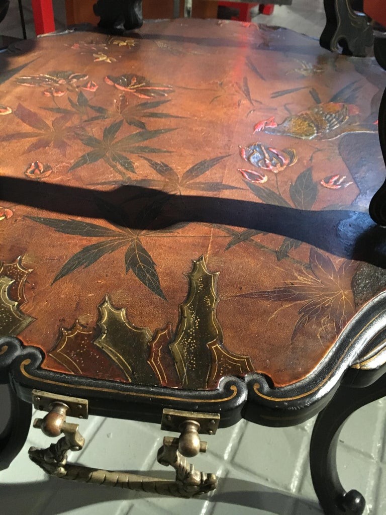 French Lacquered Two-Tier Table, circa 1880 For Sale 5