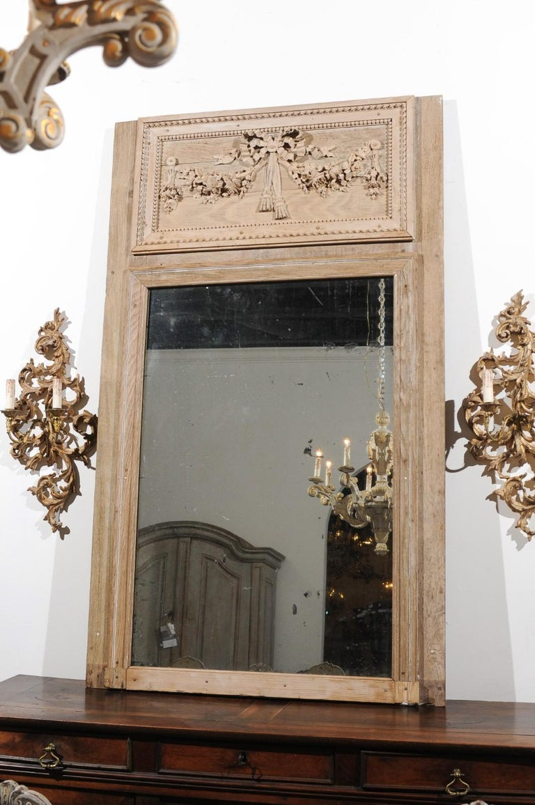 French Late 18th Century Louis XVI Trumeau Mirror with Carved Bow and Flowers For Sale 6