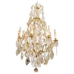 French Late 19th Century Crystal Chandelier with Brass Frame and Shaped Crystals