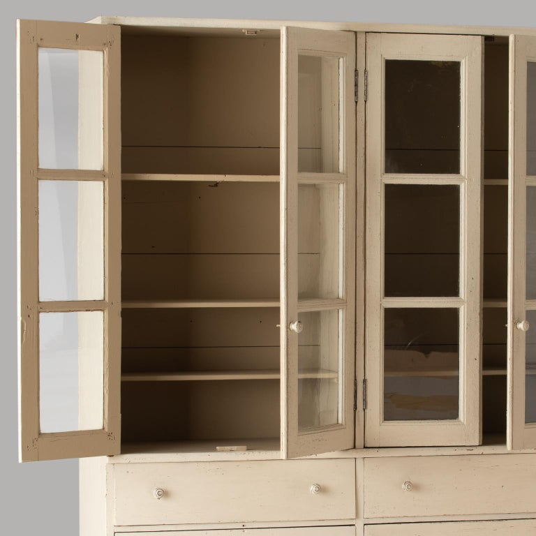 French Late 19th Century Cupboard with Glass Doors, circa 1890 For Sale 1