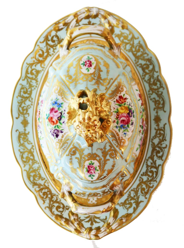 French Le Tallec Hand Painted Porcelain Soupière, Mid-20th Century, Rococo Style For Sale 4
