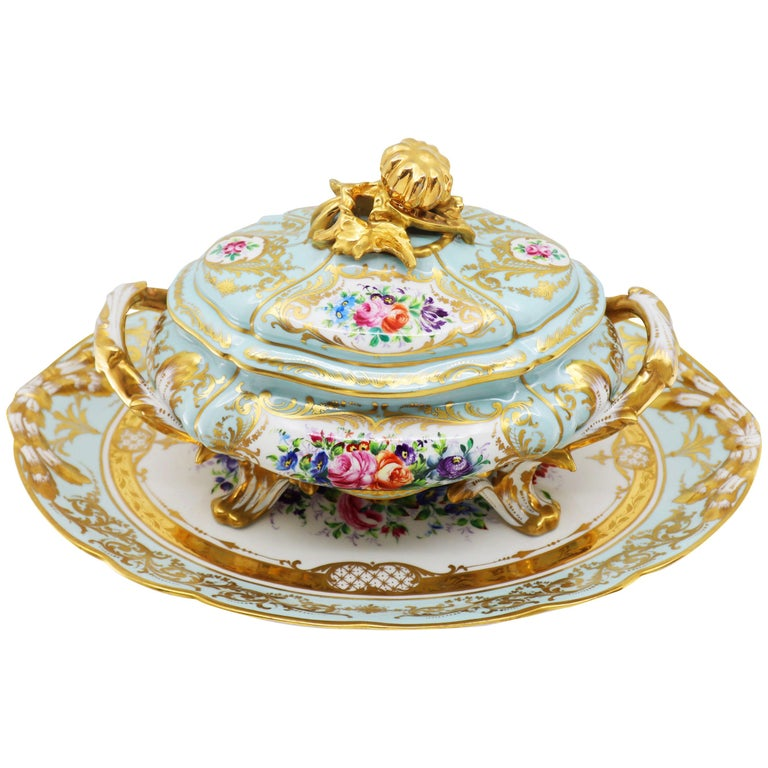 French Le Tallec Hand Painted Porcelain Soupière, Mid-20th Century, Rococo Style For Sale
