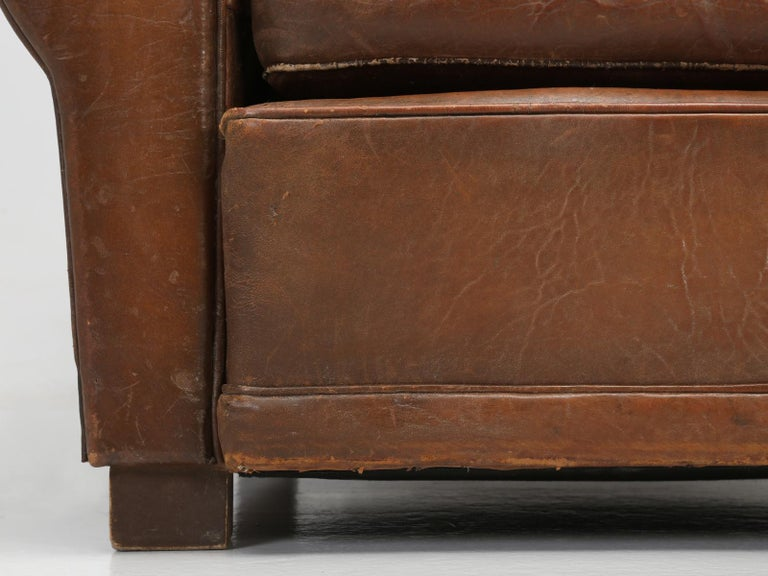 French Leather Club Chair from the Art Deco Period, Internally Restored Properly For Sale 10