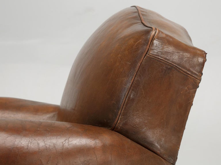 French Leather Club Chair from the Art Deco Period, Internally Restored Properly In Good Condition For Sale In Chicago, IL