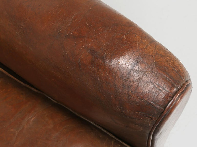 French Leather Club Chair from the Art Deco Period, Internally Restored Properly For Sale 2