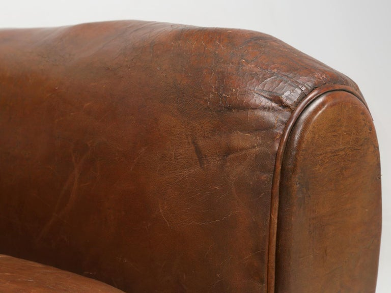 French Leather Club Chair from the Art Deco Period, Internally Restored Properly For Sale 4