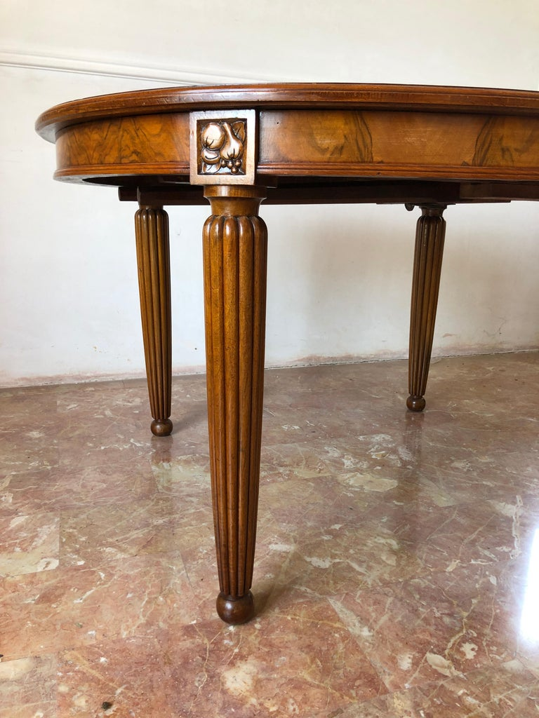 French Liberty Art Nouveau Dining Table in Walnut, 1920s For Sale 3
