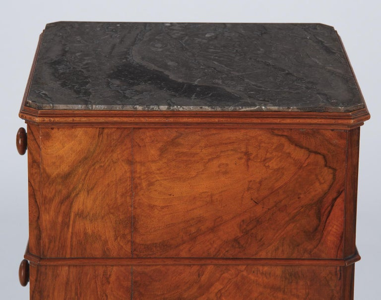 French Louis Philippe Burl Walnut Cabinet Nightstand with Marble Top, Mid-1800s For Sale 5