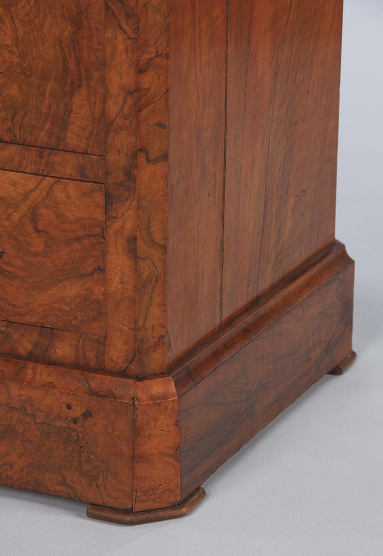 French Louis Philippe Burl Walnut Cabinet Nightstand with Marble Top, Mid-1800s For Sale 10