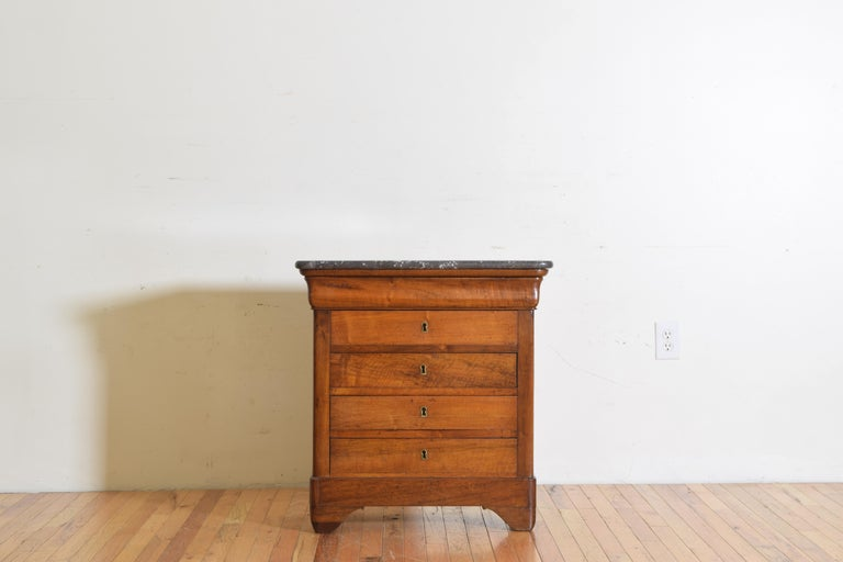 French Louis Philippe Petite Walnut & Marble Top 5-Drawer Commode, circa 1840 In Good Condition In Atlanta, GA