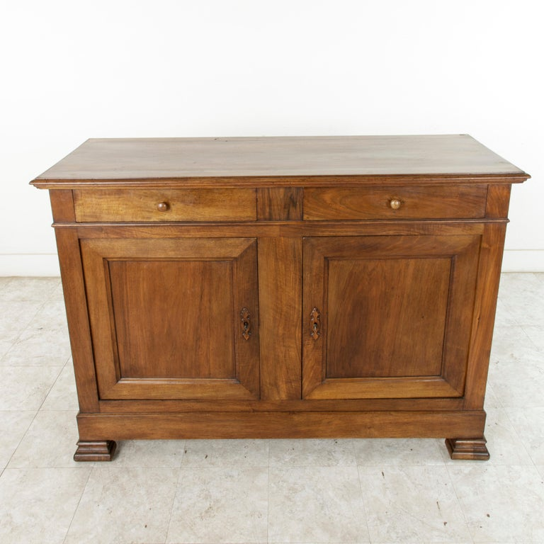 French Louis Philippe Walnut Buffet d'Appui, Server or Sideboard, circa 1900 In Good Condition For Sale In Fayetteville, AR