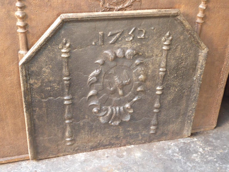 Cast French Louis XIV 'Coat of Arms' Fireback, 18th Century For Sale