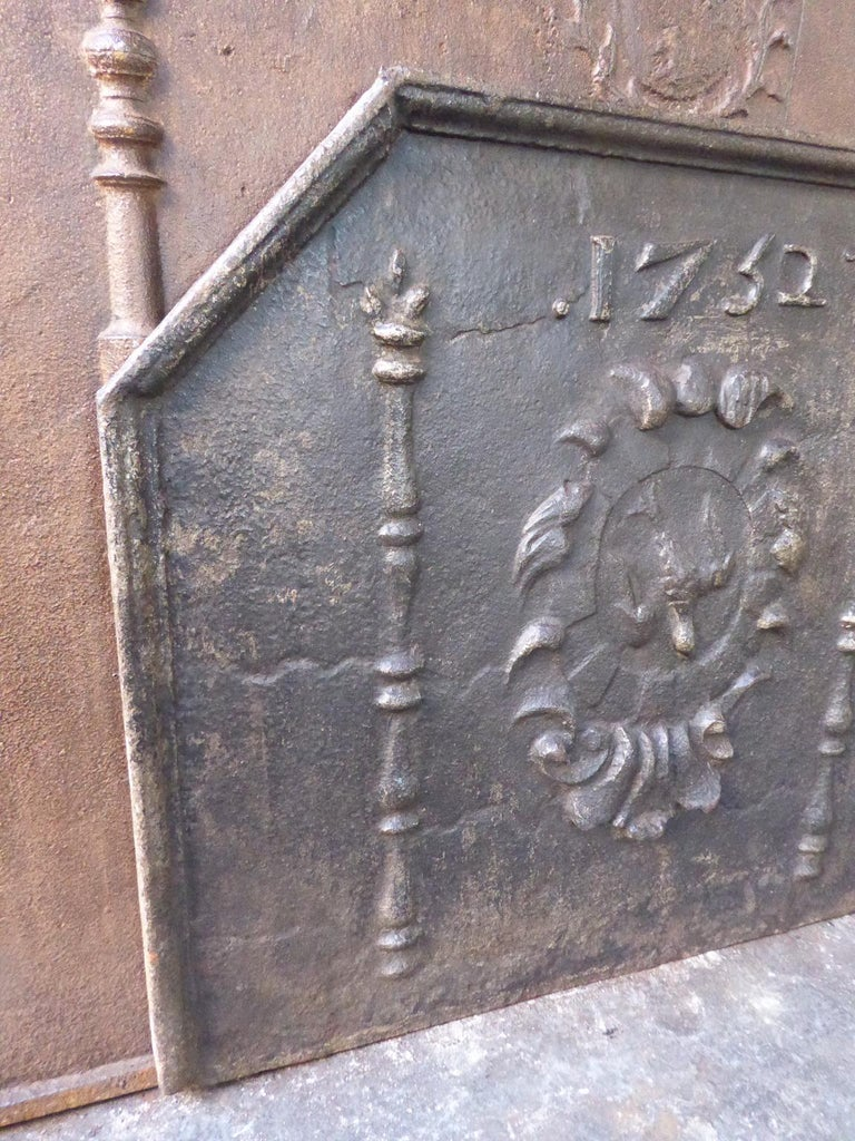 Iron French Louis XIV 'Coat of Arms' Fireback, 18th Century For Sale