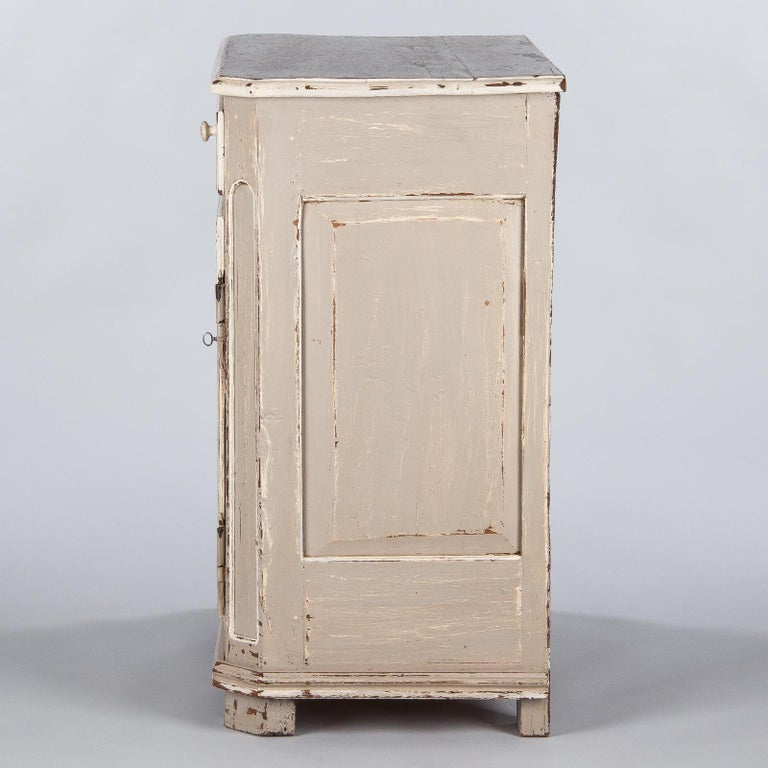 French Louis XIV Painted Oak Confiturier Cabinet, 18th Century For Sale 7