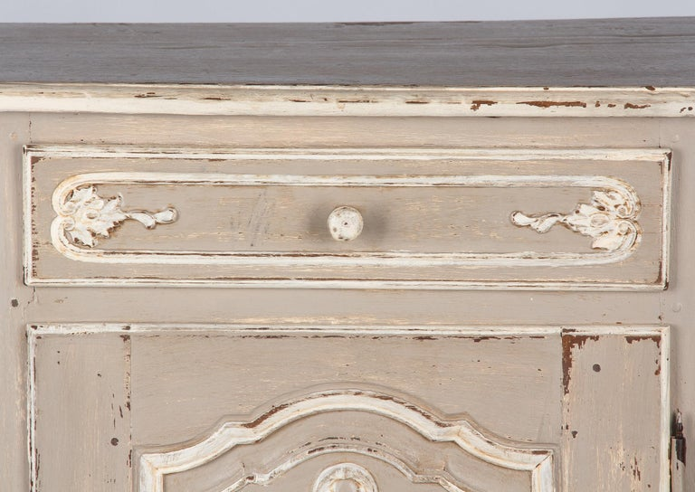 French Louis XIV Painted Oak Confiturier Cabinet, 18th Century For Sale 12