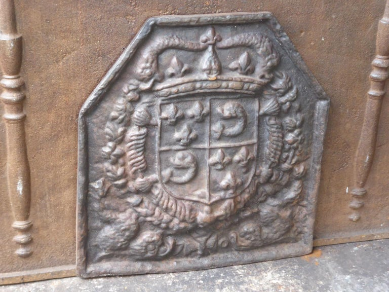 Cast French Louis XIV Style 'Arms of France' Fireback For Sale