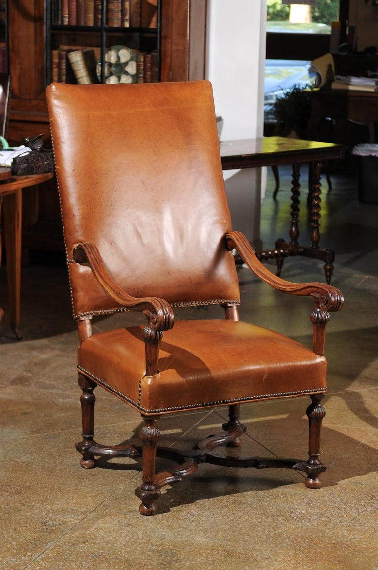 French Louis XIV Style Late 19th Century Beech Fauteuil with Leather Upholstery For Sale 1