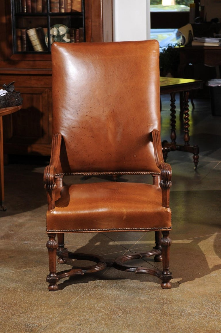 French Louis XIV Style Late 19th Century Beech Fauteuil with Leather Upholstery For Sale 2
