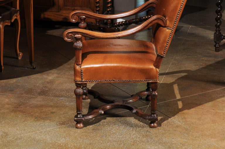 French Louis XIV Style Late 19th Century Beech Fauteuil with Leather Upholstery For Sale 4
