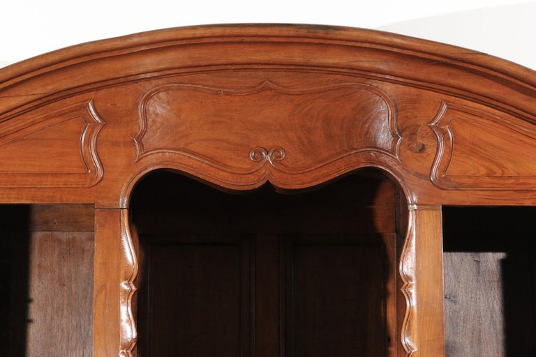 French Louis XV 18th Century Walnut Provençal Bookcase with Doors and Drawers For Sale 6