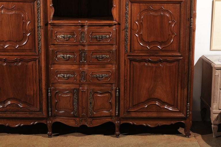 Glass French Louis XV 18th Century Walnut Provençal Bookcase with Doors and Drawers For Sale