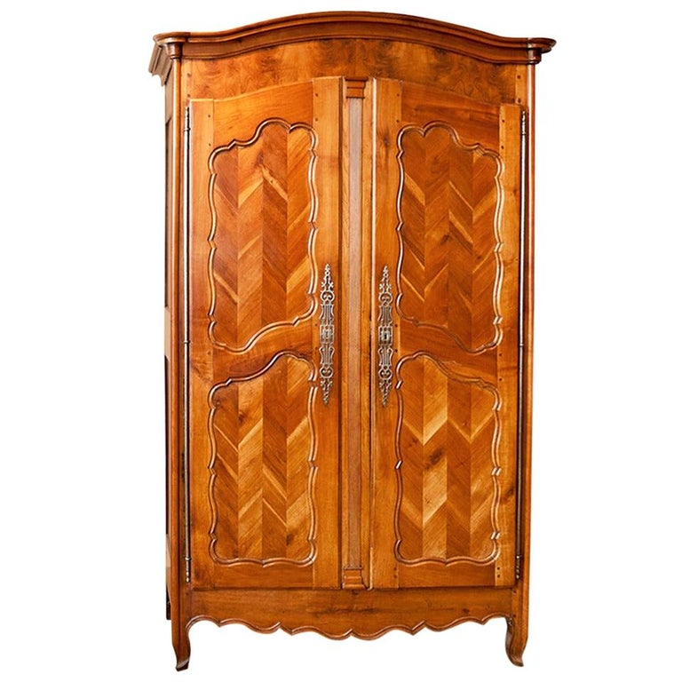 """Antique French Louis XV Style Armoire in Cherrywood w Chevron or """"fougère Panels For Sale"""