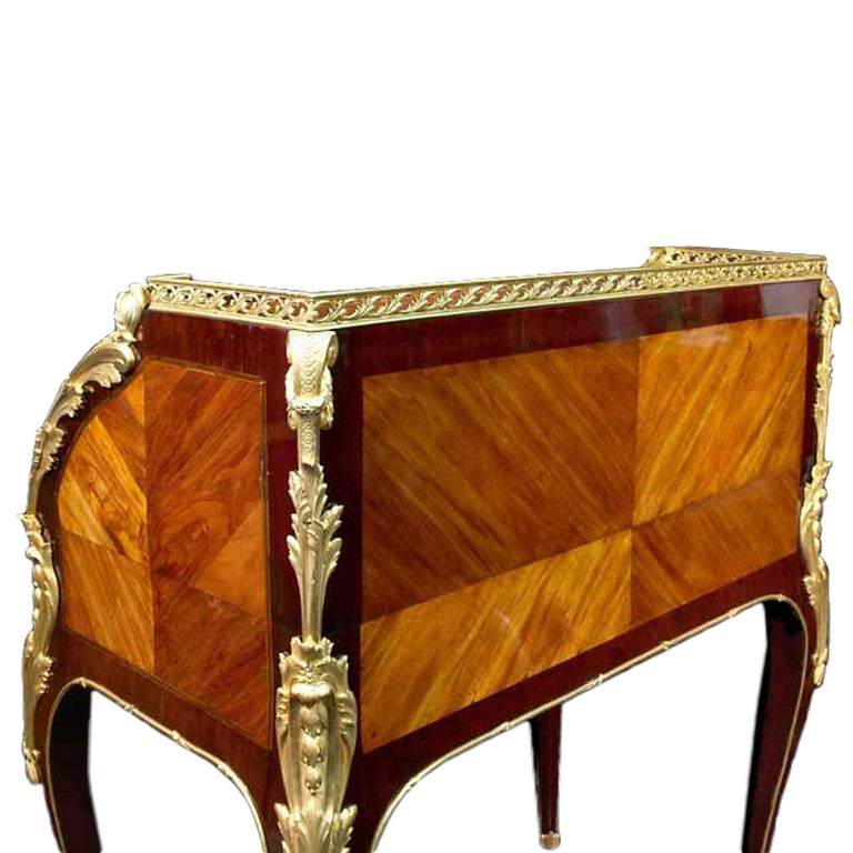 18th Century and Earlier French Louis XV period 18th century 'bureau a cylindre', circa 1750 For Sale