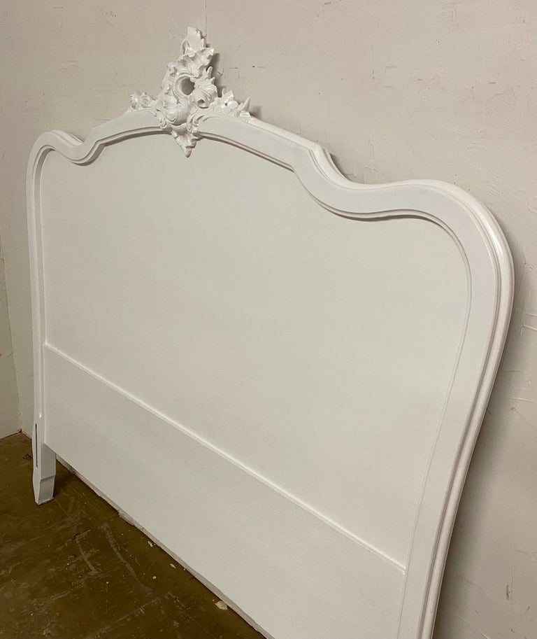 Hand-Painted French Louis XV Rococo Style Painted Bed For Sale