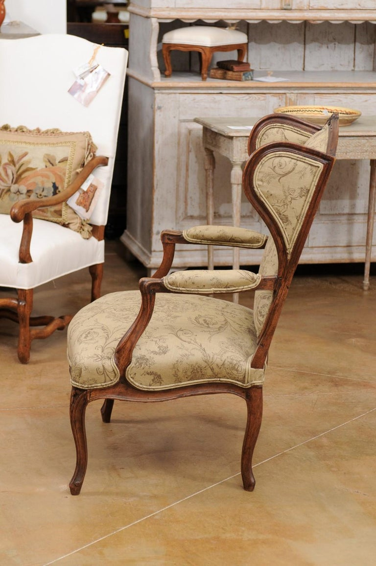 French Louis XV Style 1890s Wingback Chair with Upholstery and Carved Motifs For Sale 6