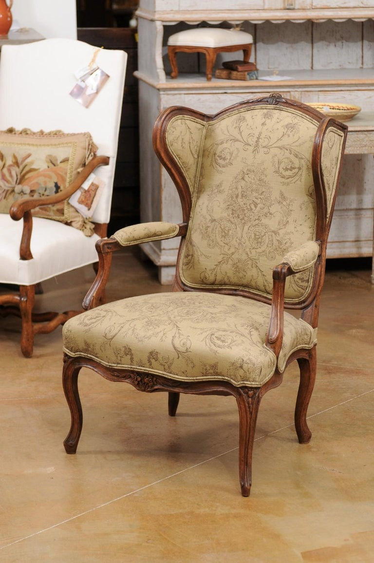 French Louis XV Style 1890s Wingback Chair with Upholstery and Carved Motifs For Sale 7