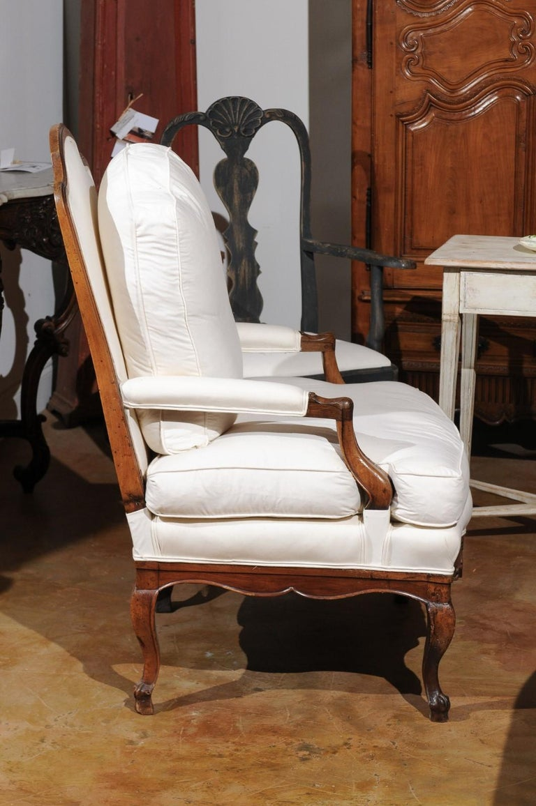 French Louis XV Style 19th Century Walnut Armchair with New Upholstery For Sale 7