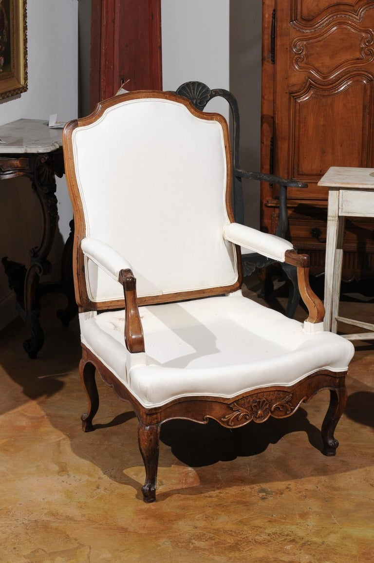 French Louis XV Style 19th Century Walnut Armchair with New Upholstery For Sale 8