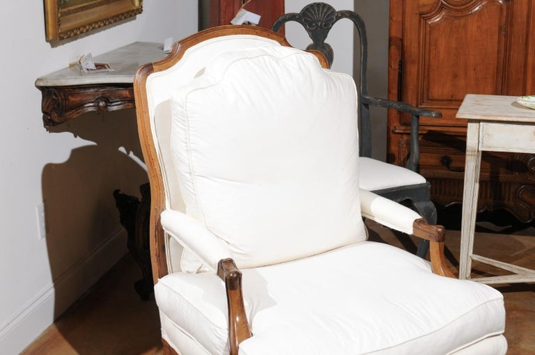 French Louis XV Style 19th Century Walnut Armchair with New Upholstery For Sale 2