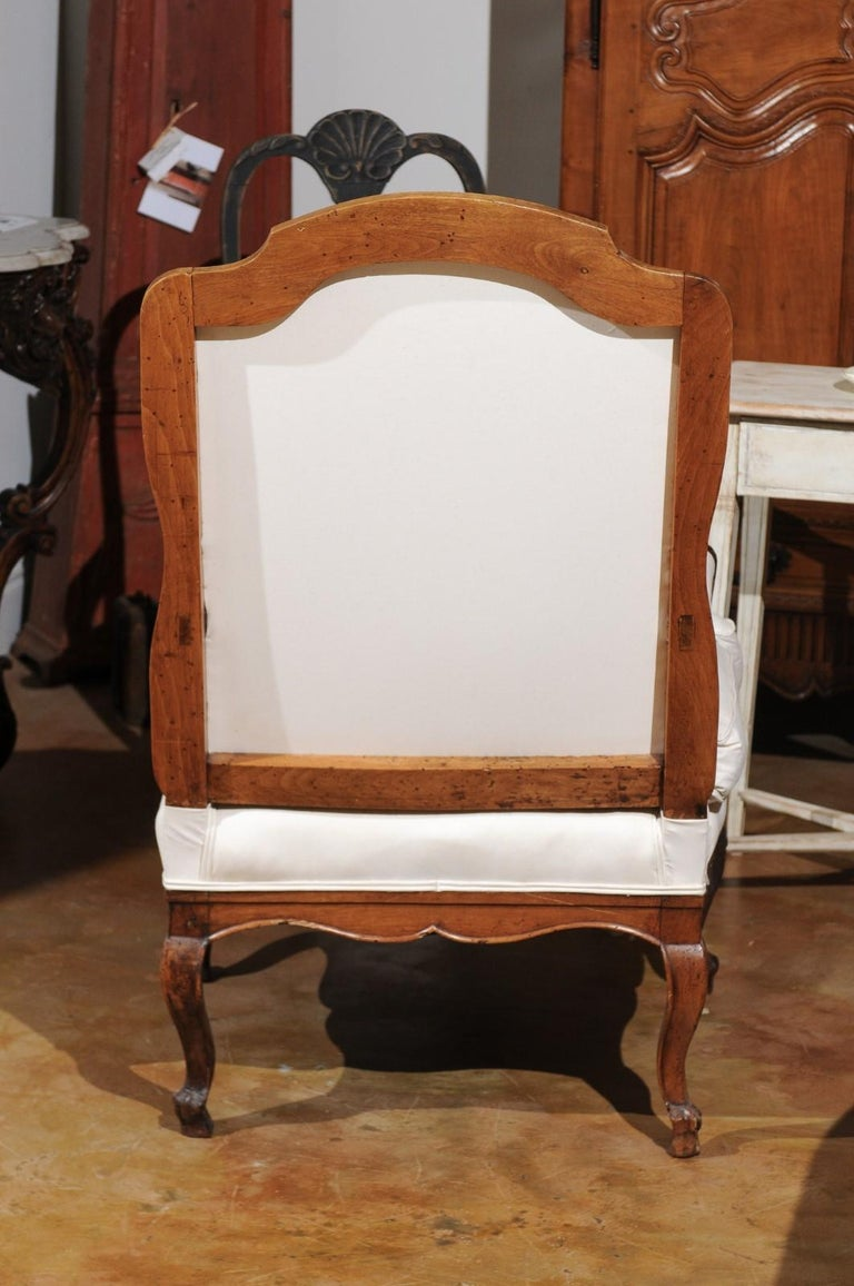 French Louis XV Style 19th Century Walnut Armchair with New Upholstery For Sale 6