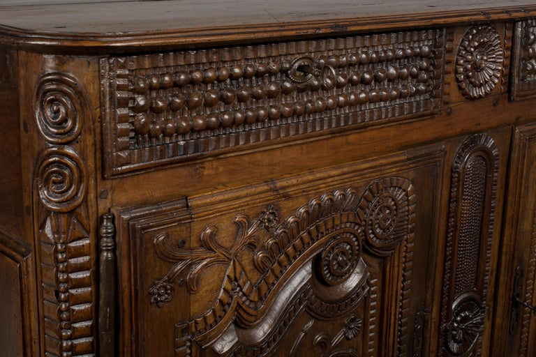 French Louis XV Style Buffet from Brittany For Sale 6