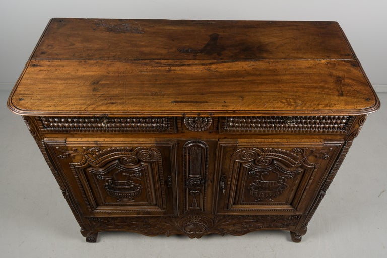 French Louis XV Style Buffet from Brittany For Sale 10
