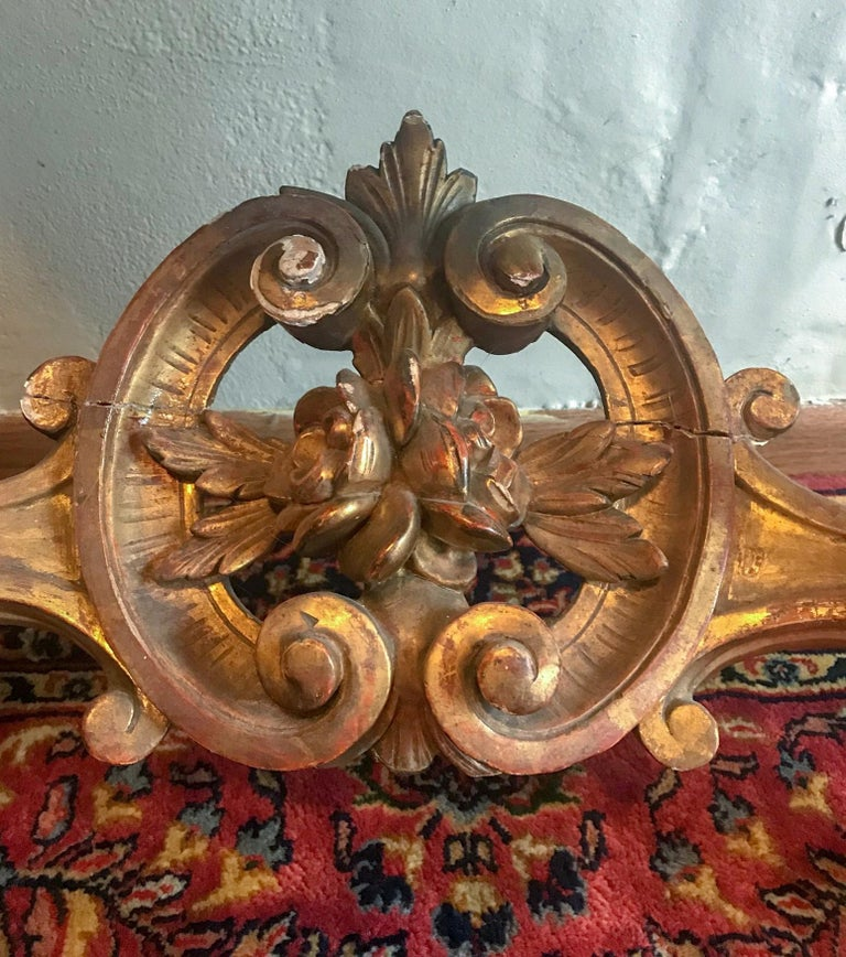 French Louis XV Style Carved and Gilded Marble-Top Console For Sale 4