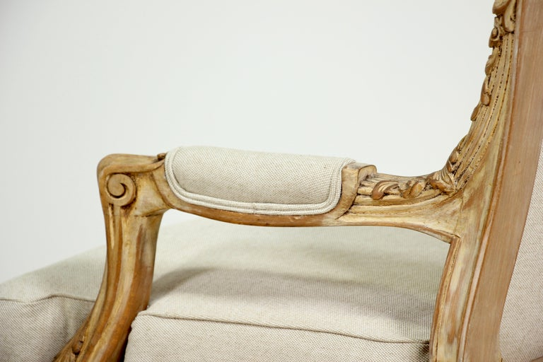 French Louis XV Style Carved Painted Armchairs, a Pair For Sale 4