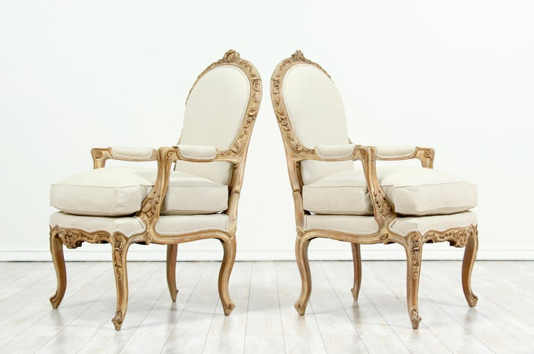 French Louis XV Style Carved Painted Armchairs, a Pair In Good Condition For Sale In Los Angeles, CA