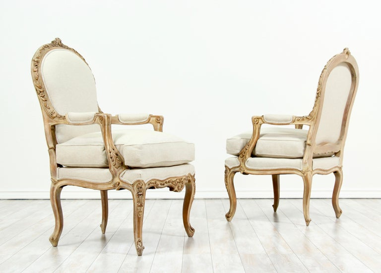 Mid-20th Century French Louis XV Style Carved Painted Armchairs, a Pair For Sale