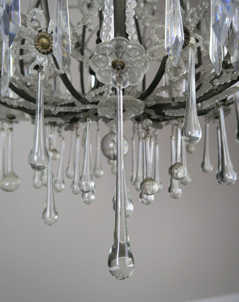 French Louis XV Style Crystal Chandelier, circa 1940s For Sale 5