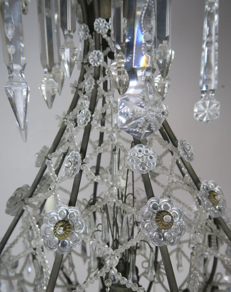 French Louis XV Style Crystal Chandelier, circa 1940s For Sale 6