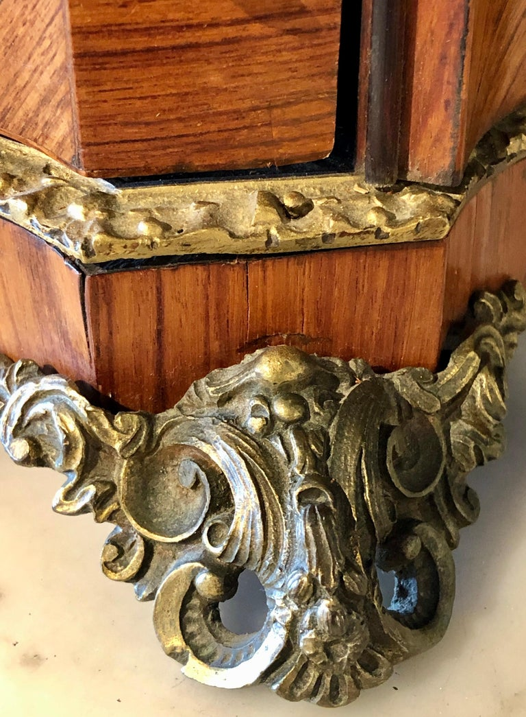 French Louis XV Style Gilt Metal Mounted Tantalus / Bar For Sale 10