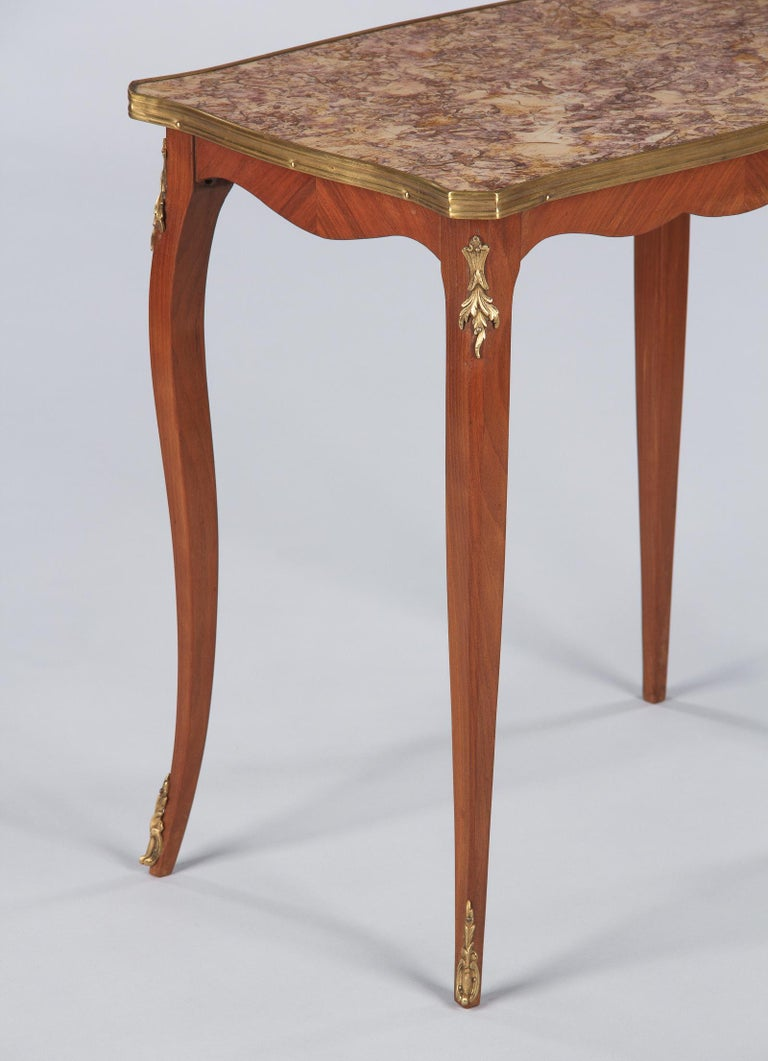 20th Century French Louis XV Style Cherry Wood and Marble-Top Side Table, 1940s For Sale