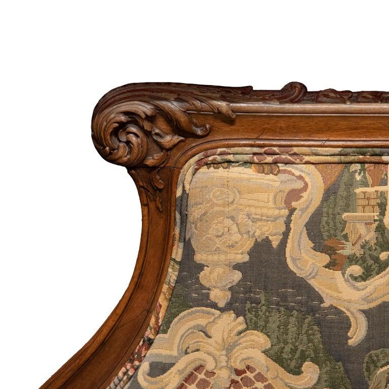 Oak French Louis XV Style Recamier Sofa For Sale