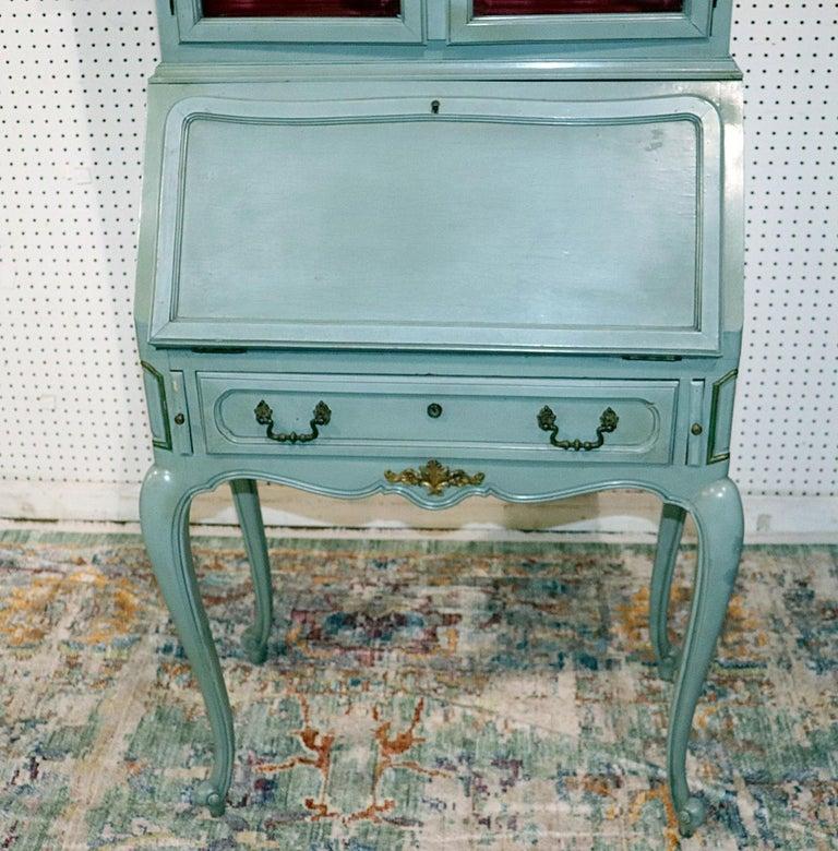 French Louis XV Style China Cabinet Secretary Desk Tufted Interior  In Good Condition In Swedesboro, NJ