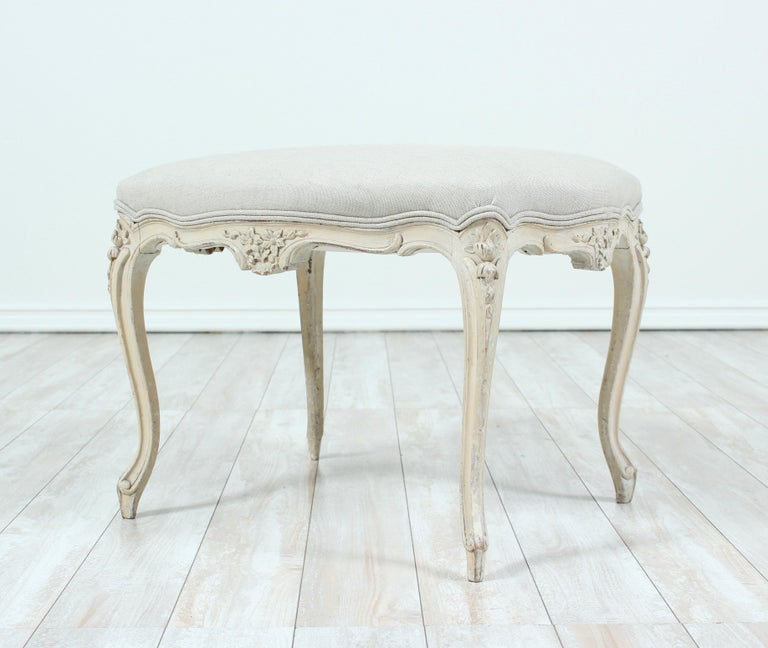 French Louis XV Style Bench In Good Condition For Sale In Los Angeles, CA