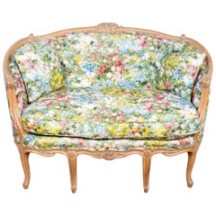 French Louis XV Style Upholstered Canapé En Cabriolet