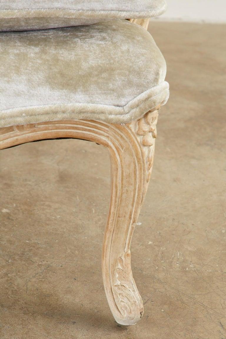 French Louis XV Style Velvet Canapé à Oreilles Sofa For Sale 8